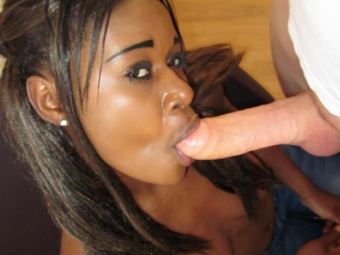 Film Prachtige exotische Zela was 6 dagen geleden nog 17...