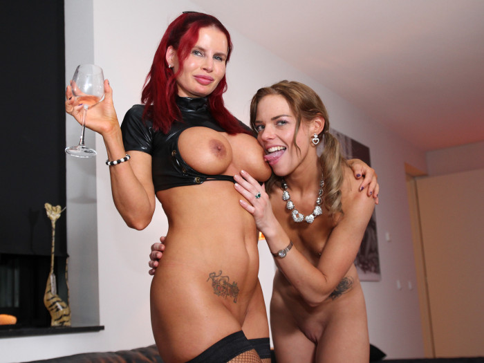 Film Big Boobs MILF Angel & sexy Chelsea warmen elkaar op